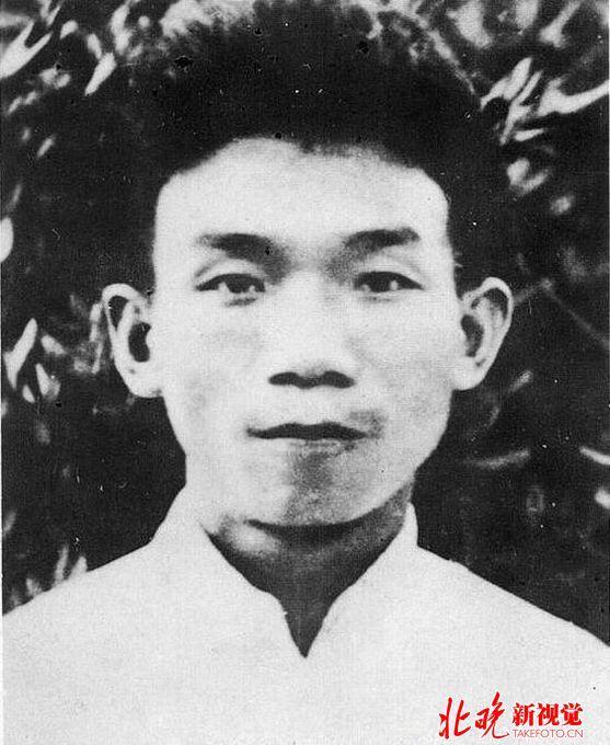 徐州会战中的文臣武将郁达夫与陈钟书