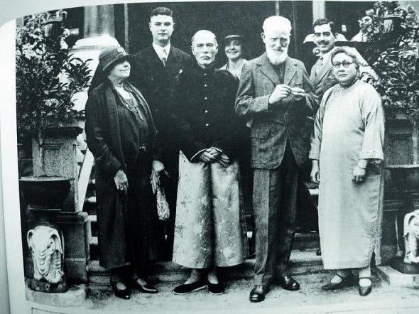 比李嘉诚还牛的香港第一名门望族 华人首富为何长了张外国脸