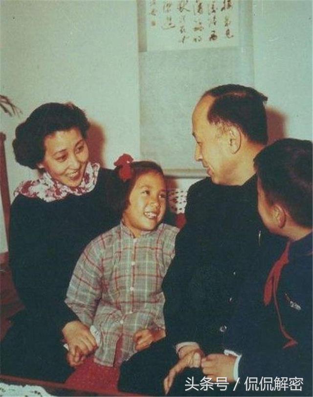 回顾钱学森、蒋英情深相伴的一生,老照片见证玄机