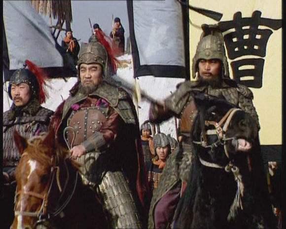 许褚和典韦到了曹操阵营,曹操封谁的官大?