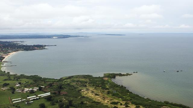 坦桑尼亚维多利亚湖发生渡轮倾覆事件 至少44人死亡