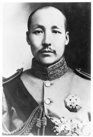 冈村宁次侮辱中国人而遭到孙传芳暴打,却称赞:你是一条真汉子