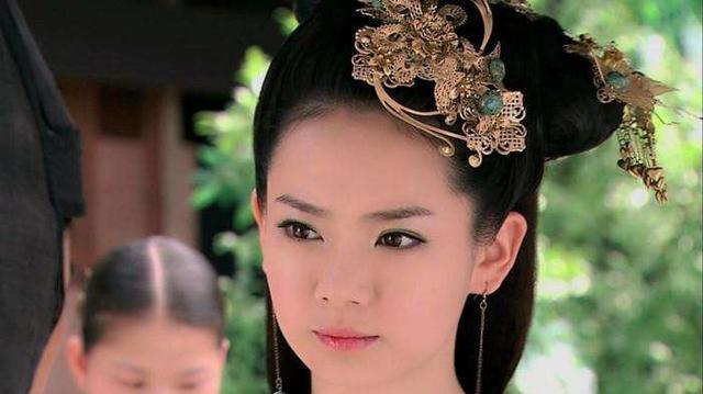 刘彻和刘荣都是长公主的侄子为什么她最终选择帮助刘彻?