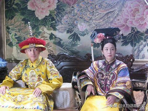 """""""孝庄""""""""慈禧""""——影响大清朝兴亡的两个女人"""