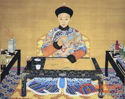 """历史上清朝有这样一位和""""狗""""抢骨头吃的皇帝,你知道是谁吗?"""