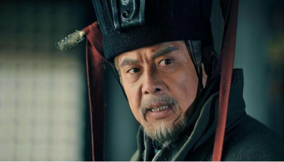 为何刘备可以崛起?还能形成三国鼎立之局,只因他有这些人