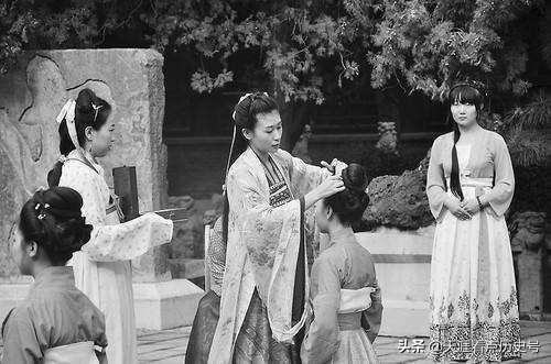 汉服并非汉朝人的服装,起源远早于汉朝,你知道能追溯到何时吗?