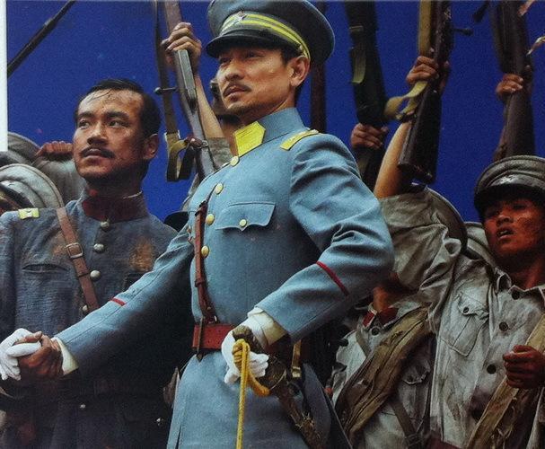 蔡锷逃离北京,护国打败袁世凯,小凤仙功不可没!