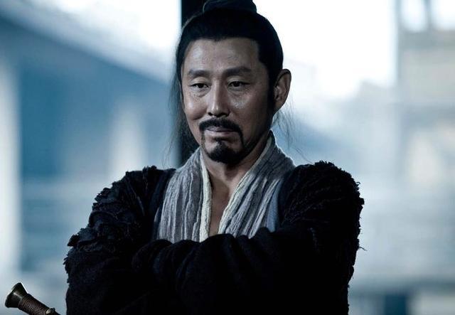他不愿屈服刘邦,最终选择了自尽,气节感动了刘邦还进行了厚葬