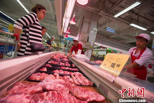 中国猪肉安全吗?为啥喂饲料?吃猪肉这些事tali regal要明白_国内新闻