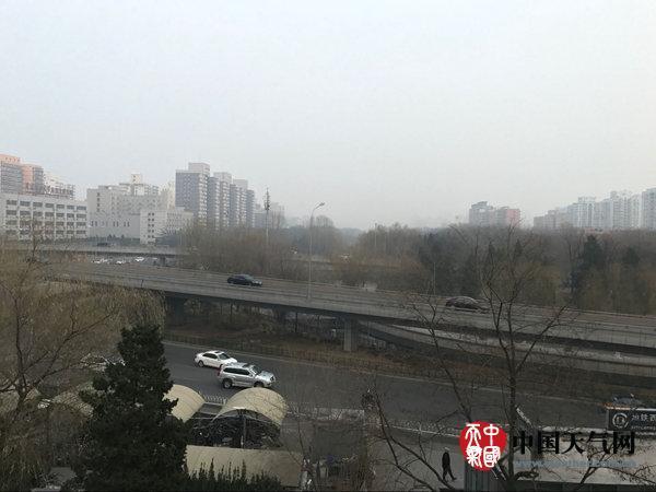 冷等不到天亮等时光漫画空气将袭中东部 雾霾消散局地降温超10℃|冷空气|降温|中东部